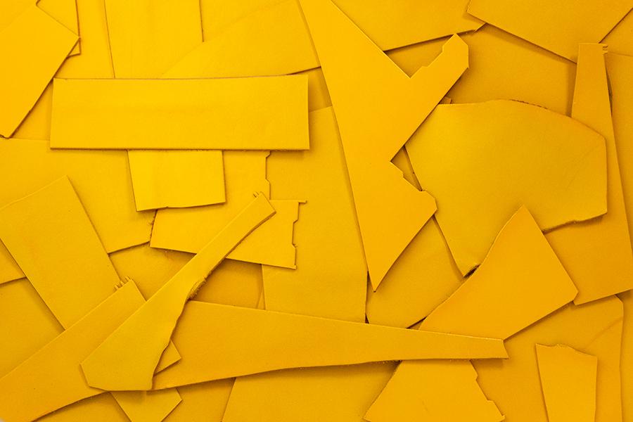 Lederreste Leder Glatt gelb seidenglänzend